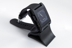 Pebble Cradle und Pebble Halter von Thingiverse
